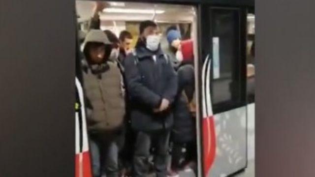 İmamoğlu tedbir almadı! Hayata geçirilen uygulamalara rağmen metrolar tıklım tıklım dolu