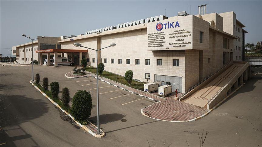 Türkiye'nin Gazze'de yaptırdığı dev hastane koronavirüsle mücadele için Filistinlilere devredildi
