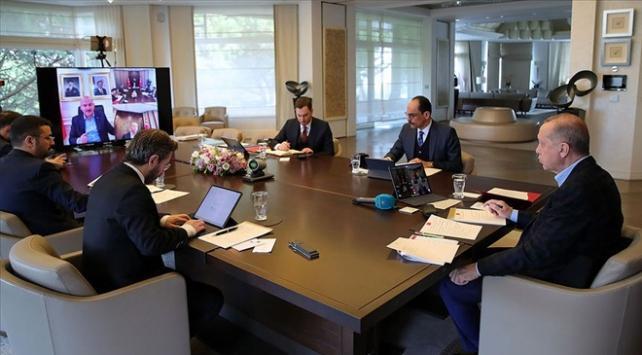 Cumhurbaşkanlığı Kabinesi video konferansla toplandı