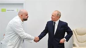 Putin'in görüştüğü koronavirüs hastanesinin başhekimi Kovid-19'a yakalandı
