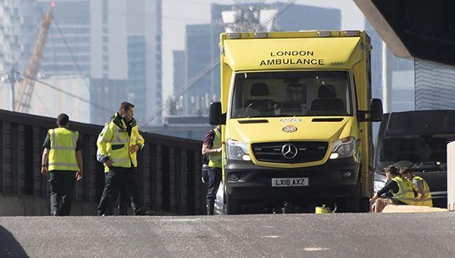 İngiltere'de 13 yaşındaki çocuk koronavirüs nedeniyle öldü