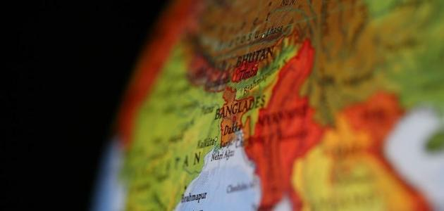 Bangladeş'te okullar ve iş yerleri 11 Nisan'a kadar kapalı kalacak