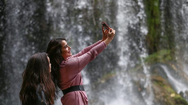 Düden Şelalesi kışın da turistleri büyülüyor