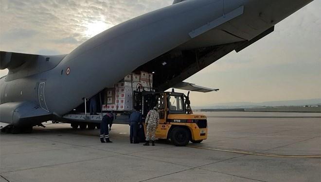 Türkiye'den İtalya ve İspanya'ya yardım malzemesi gönderiliyor