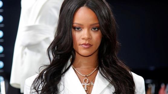 Ünlü isim Rihanna, kirası 415 bin dolarlık ev kiraladı