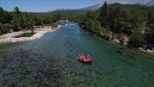 Rafting heyecanına sosyal mesafe düzenlemesi