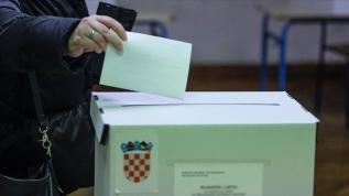 Hırvatistan'da seçmenler yarın sandık başına gidecek