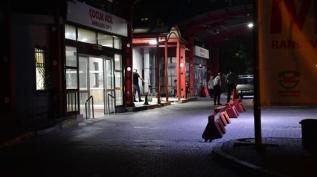 İzmir'de düğünde çıkan kavgada 4 kişi silahla bir kişi de darp edilerek yaralandı
