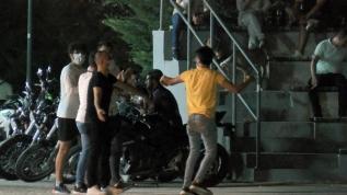 İstanbul'un göbeğinde skandal görüntüler! Yine park yine gençler!