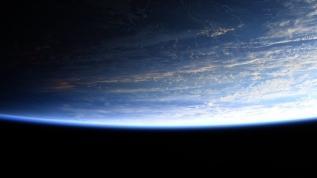 Uzaydan paylaşılan fotoğrafa tepki: İnsanları kandırmayın