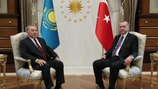Başkan Erdoğan, Kazakistan kurucu Cumhurbaşkanı Nazarbayev ile görüştü