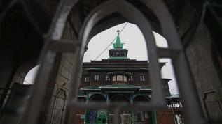 Müslümanların toplanması yasaklandı, Hindulara ibadet izni verildi