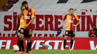 Galatasaray'da düşüş sürüyor
