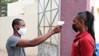 Afrika'da Kovid-19 vakaları artmaya devam ediyor