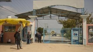 İsrail'in Erez Sınır Kapısı'ndan geçen Filistinlilere yönelik ihlalleri sürüyor