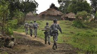 Myanmar, Çin-Hindistan rekabetinden faydalanıyor