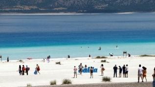 Türkiye'de bir ilk! Salda Gölü'nde 1 Ağustos'tan itibaren sigara yasak