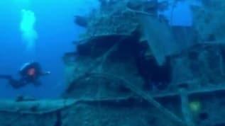 Deniz altındaki ölüm tuzağı: Dalgıçlar İyonya Denizi'nden yarım ton 'hayalet ağ' çıkardı