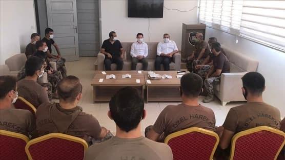 İçişleri Bakanı Soylu Afrin'deki güvenlik görevlileri ile bayramlaştı