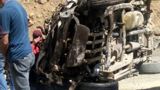 Yüksekova'da araç uçuruma yuvarlandı: Çok sayıda ölü ve yaralı var