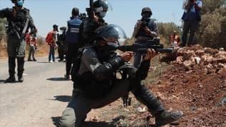 İsrail askerlerinden Batı Şeria'daki gösterilere müdahale