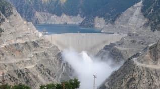 Deriner Barajı'ndan ekonomiye devasa katkı! Milli ekonomiye 5 milyar TL katkıda bulundu
