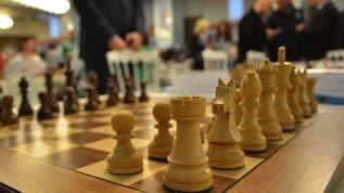 Satrançta 'Türkiye-Azerbaycan dostluk maçı' başladı