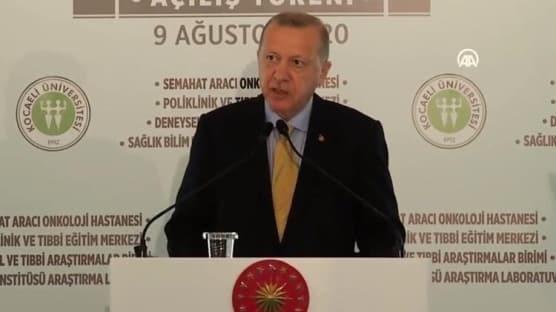 Başkan Erdoğan: Muhalefetin 'gereksiz' dediği sağlık yatırımlarımızın kıymeti salgın döneminde çok iyi anlaşılmıştır