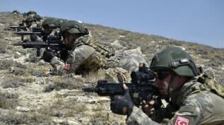 Azerbaycan'ın özel kuvvetleri sahaya indi