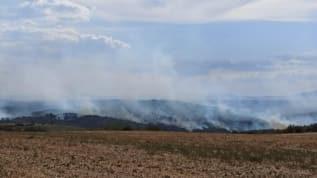 Türkiye'nin yanı başında 3 gündür devam eden yangın söndürülemiyor