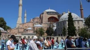 Ayasofya-i Kebir Camii'ne açıldığı günden bu yana yoğun ilgi sürüyor