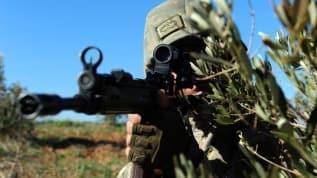 Mehmetçik Suriye'de göz açtırmıyor! 21 terörist gözaltına alındı