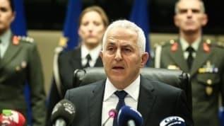 Yunanistan'da kriz kapıda! Eski Savunma Bakanından itiraf : Kimse bizim için Türkiye ile ilişkisini bozmaz