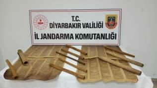 Diyarbakır'da tarihi eser kaçakçılığı operasyonu: 13 parşömen ele geçirildi