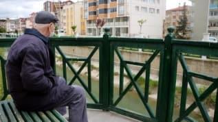 Gaziantep'te 65 yaş üstü vatandaşlara koronavirüs yasağı!