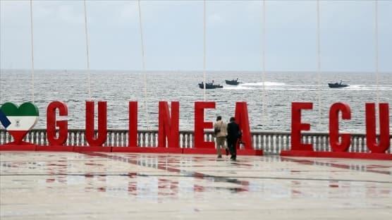 Ekvator Ginesi'nde hükümet düştü