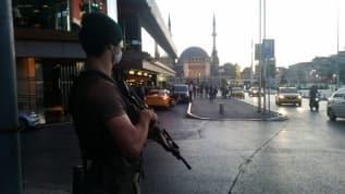 İstanbul'da helikopter destekli huzur operasyonu: Aranan 401 kişi yakalandı