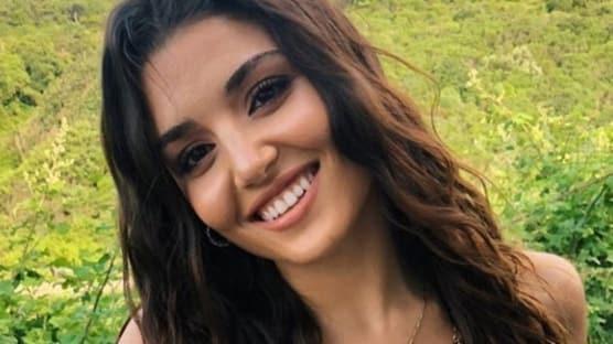 Hande Erçel'in verdiği poza saatler içinde milyonlarca beğeni yağdı