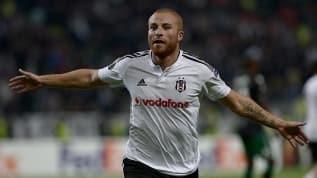 Gökhan Töre yuvaya döndü! Beşiktaş 1 yıllık anlaşma sağladı