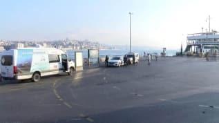 Eminönü'nde kıyıya erkek cesedi vurdu