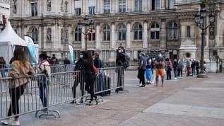 Fransa'da 10 binin üzerinde yeni koronavirüs vakası