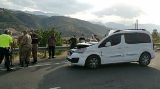 Hafif ticari araç TIR'a arkadan çarptı, 5'i çocuk 7 kişi yaralandı