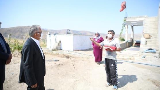"""Kayseri Büyükşehir Belediye Başkanı Memduh Büyükkılıç'ın """"Türk bayrağı"""" hassasiyeti"""