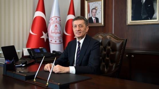 Milli Eğitim Bakanı Ziya Selçuk'tan velilere mesaj