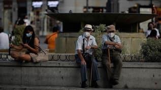 İspanya'da son 3 günde Kovid-19 vakaları 31 bin 428 arttı