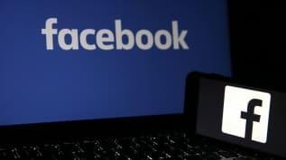 Facebook, siyasi içerikli bazı hesapları kapattı
