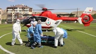 Solunum yetmezliği çeken koronavirüs hastası Ambulans helikopter ile Malatya'ya getirildi