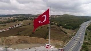Samsun'da, Türkiye'nin en büyük bayrağı dalgalanıyor