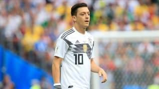 Curtius: Mesut Özil, Alman formasıyla büyük bir tarih yazan oyuncudur