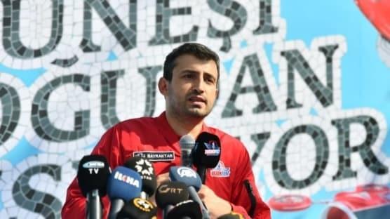 Selçuk Bayraktar, Türkiye'nin ilk uçan arabası 'Cezeri'yi anlattı